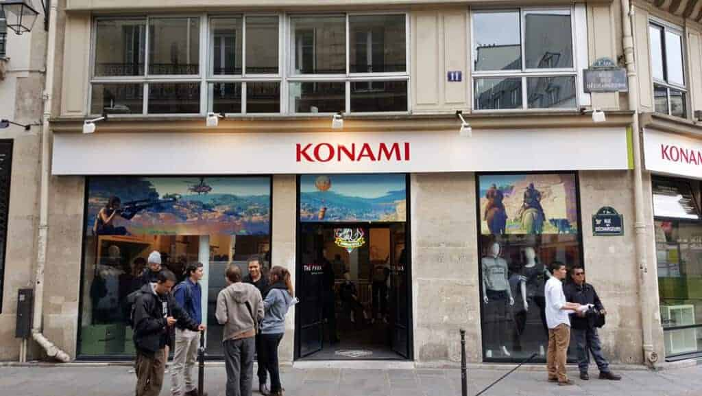 La façade du Metal Gear Store - Paris