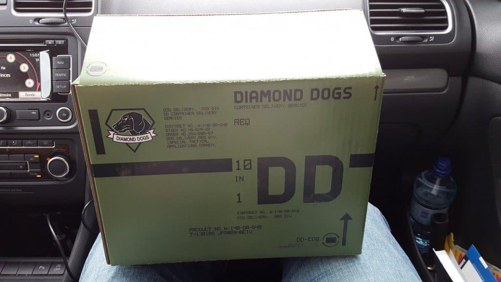 De retour avec ma boîte Diamond Dogs.