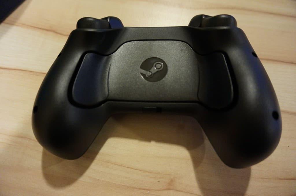 Steam Controller - Les nouveaux boutons à l'arrière comme sur les manettes Razer et Mad Catz