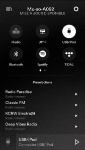 Naim Mu-So - Les radios se pilotent depuis l'appli.
