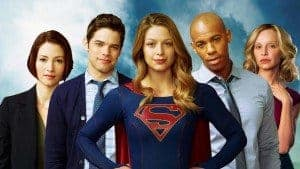 Supergirl - Le casting crédible mais qui surjoue.