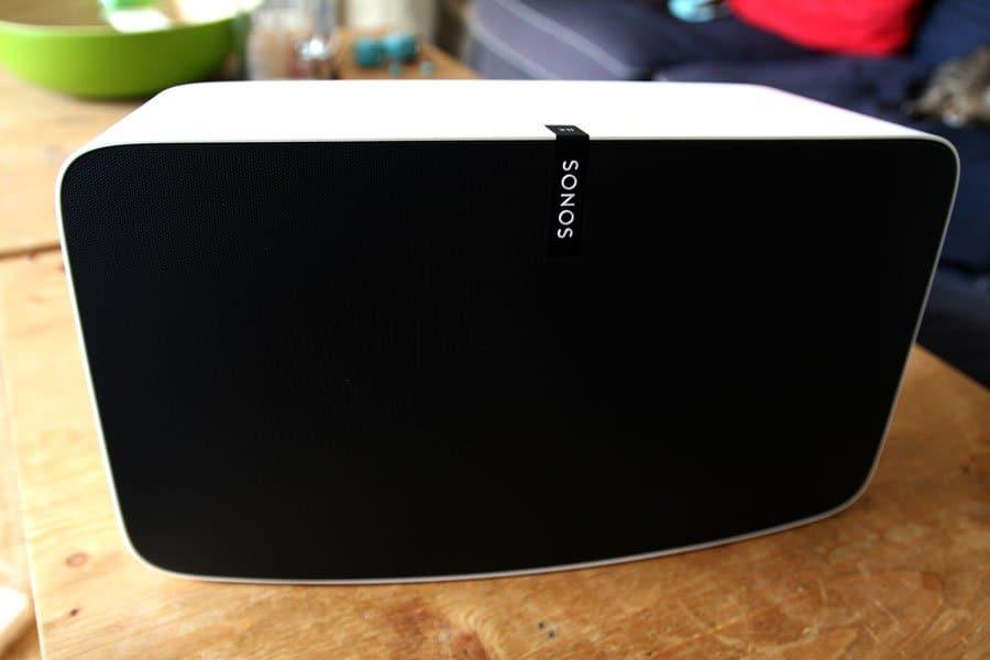 Sonos Play:5 - Cette enceinte est une charmeuse !