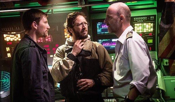 Sean et Ned Ramsey feront tout pour éliminer l'USS Nathan James depuis leur sous marin