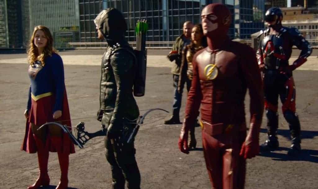 Dommage que Flash n'ai pas copiné avec Superman ça aurait été plus utile.