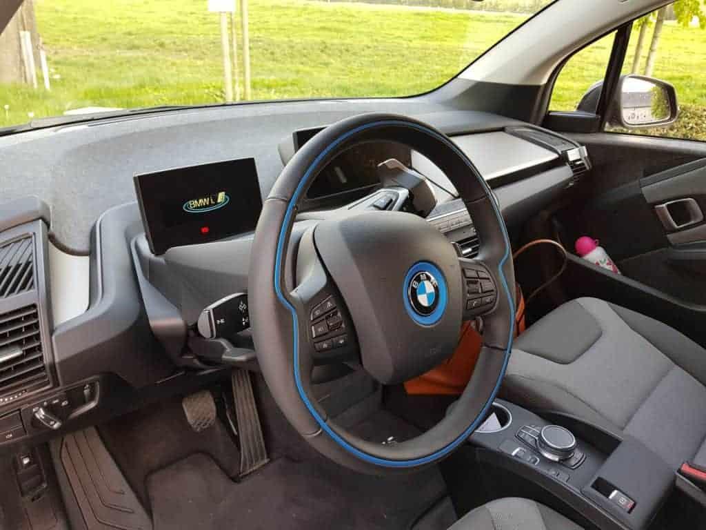 test bmw i3s une voiture lectrique compacte et sportive. Black Bedroom Furniture Sets. Home Design Ideas