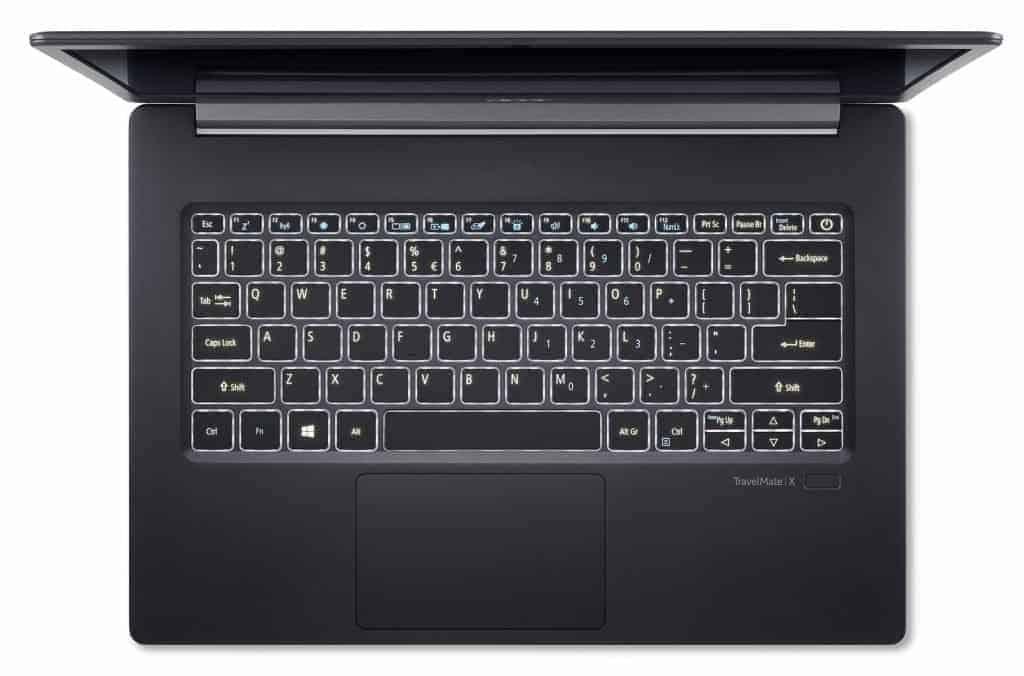 Le clavier du Acer TravelMate X5 dans sa version Qwerty (avec la demi touche Enter)