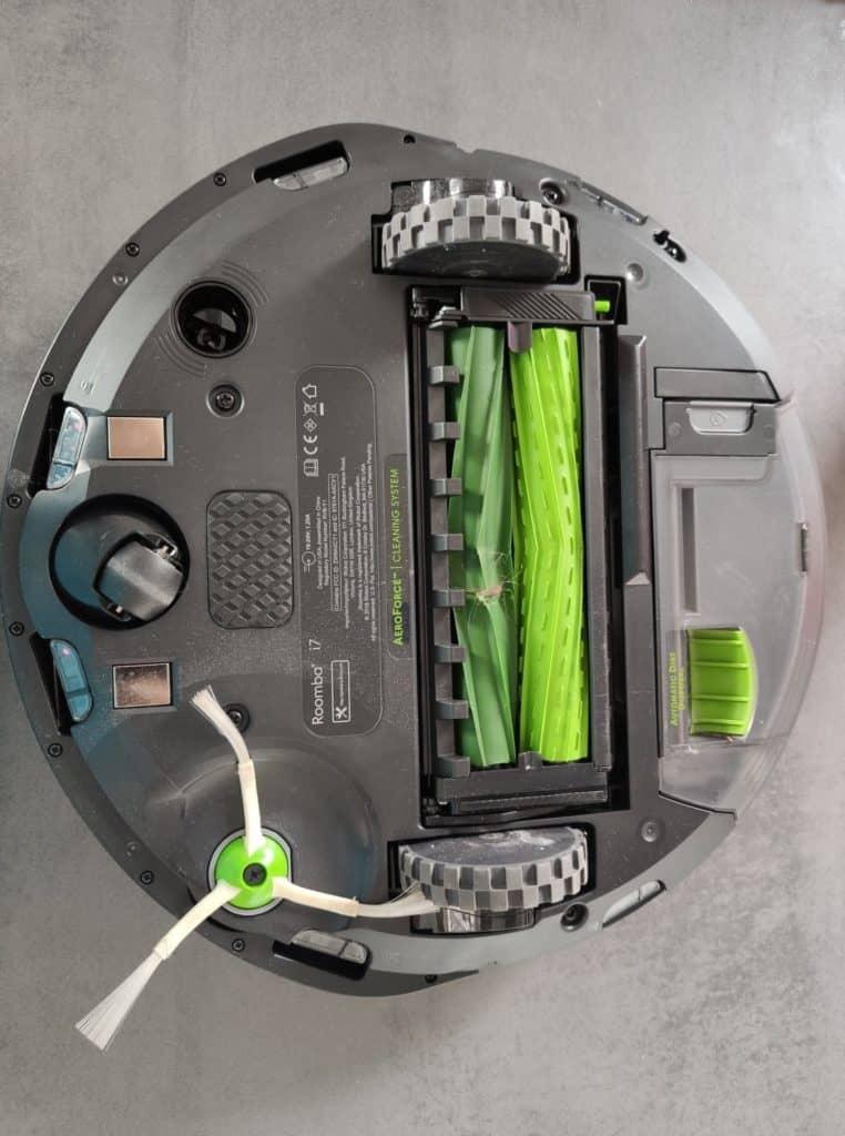 Roomba i7+_3