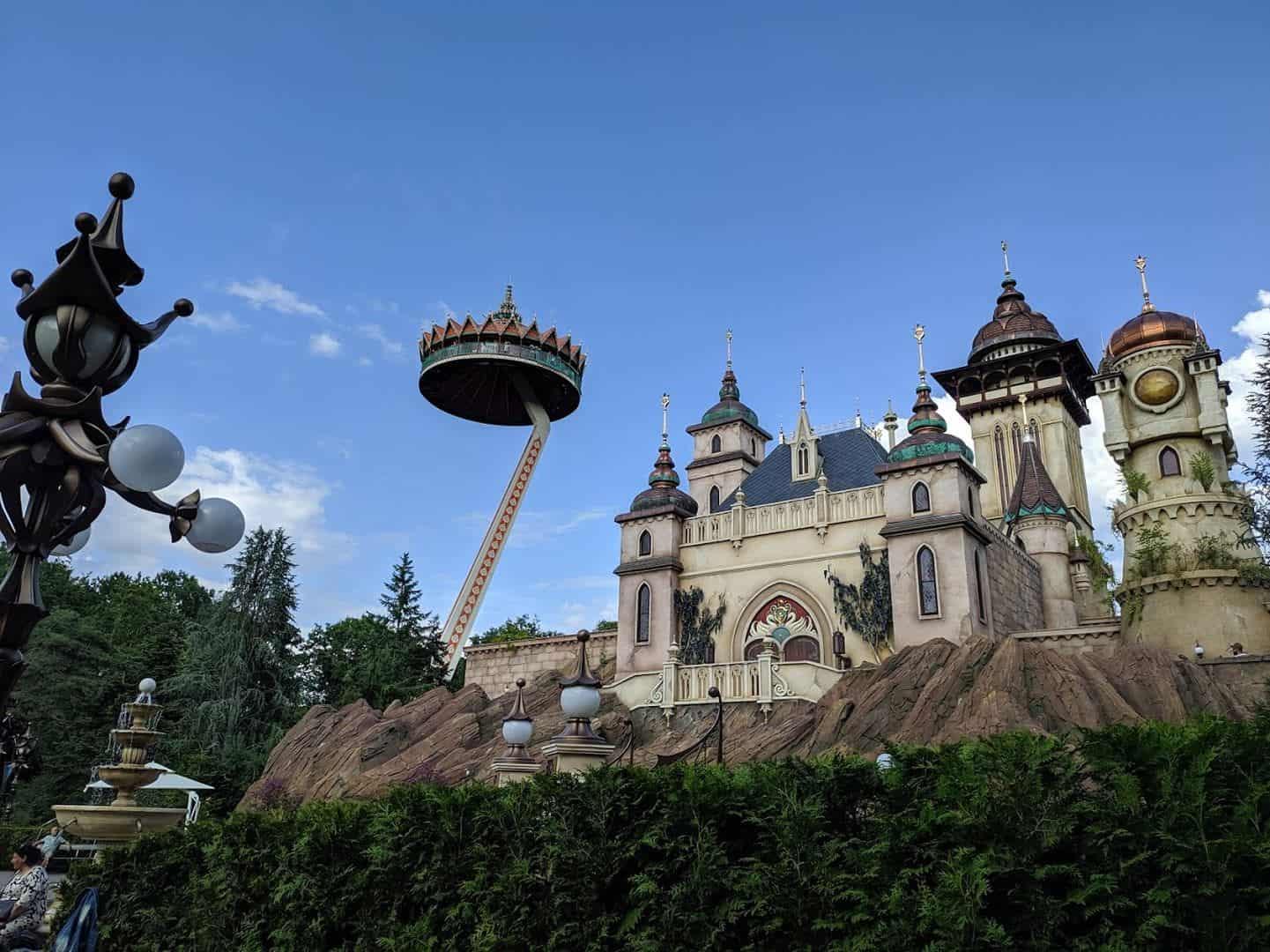 Efteling - Des décors impressionnants avec des châteaux comme dans les films