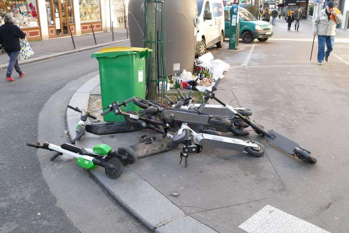 Trottinettes électriques : en ville c'est un peu le chaos