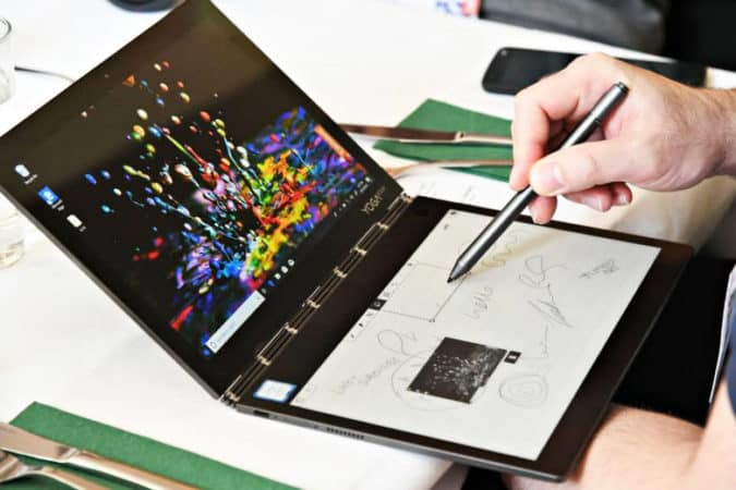 "Le mode ""Tablette graphique"" du Yoga Book C930"