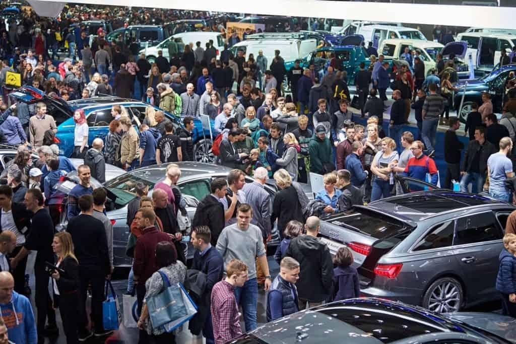 Salon de l'auto 2020 - prêts pour un bain de foule ?
