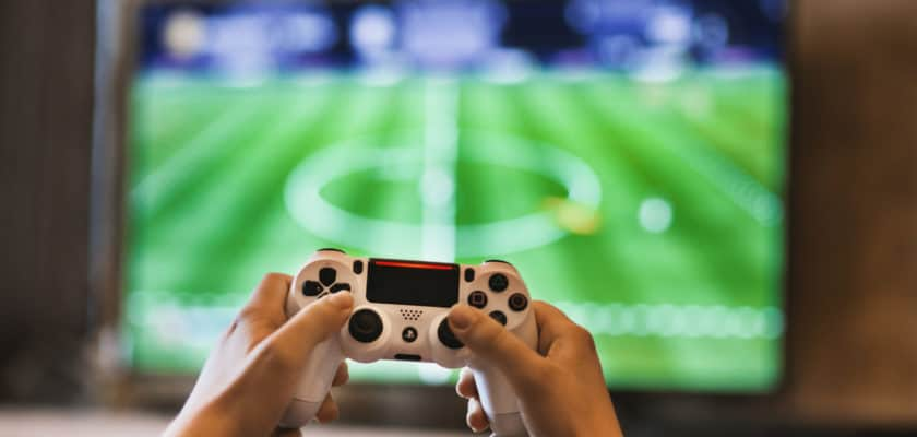 Jeu vidéo Fifa ou PES