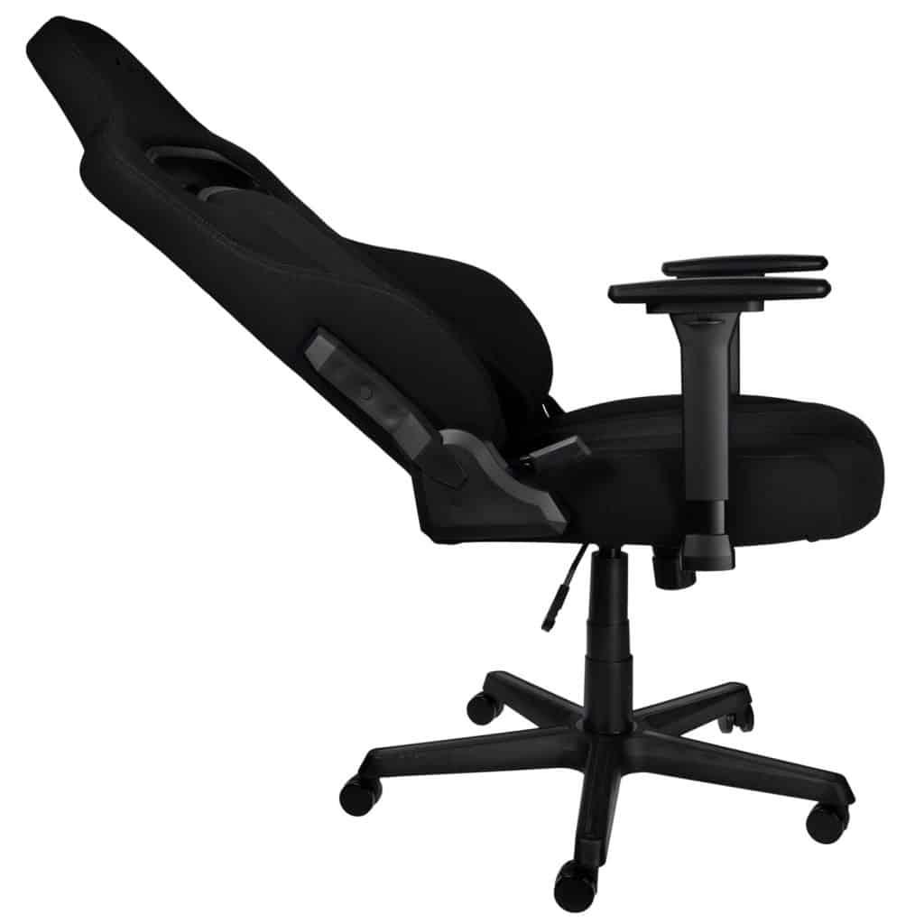 La chaise Nitro Concepts E250 placée à l'horizontal