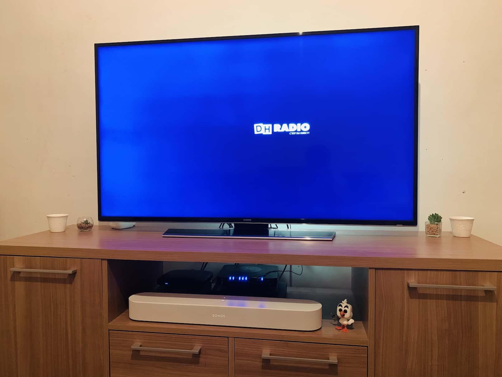 La Sonos Beam peut vraiment s'exprimer lorsqu'elle est utilisé avec une télé compatible