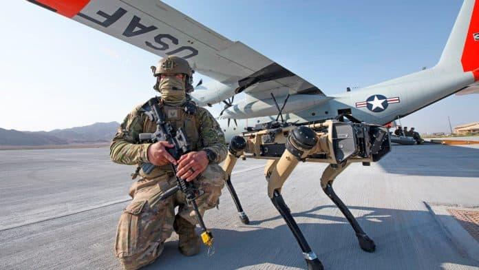 Chien robot Armée américaine US Air Force