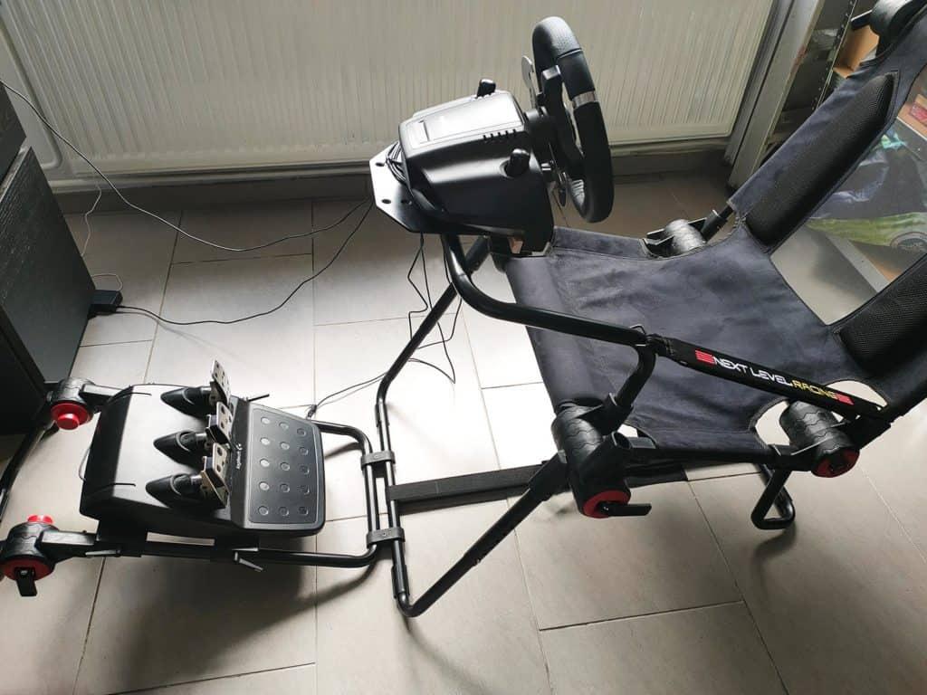 Le cockpit F-GT Lite vu de profil